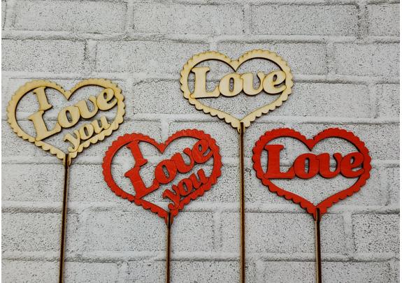 Топер LOVE сердце/красное/10*7*30см
